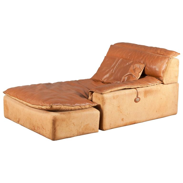 Daybed by Rossi di Albizzate at 1stdibs