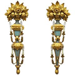Pair of 1950s Carved Giltwood Italian Style Four-Light Wall Sconces by Masa