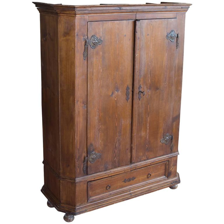 antique flemish armoire for sale at 1stdibs. Black Bedroom Furniture Sets. Home Design Ideas