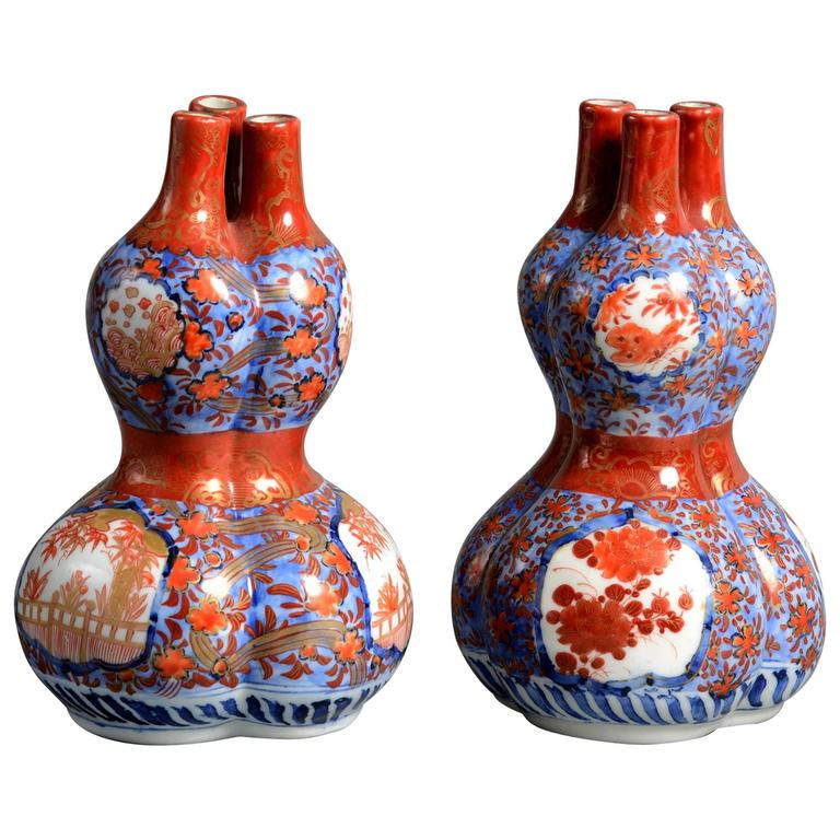 Pair Of 19th Century Imari Triple Gourd Vases For Sale At 1stdibs