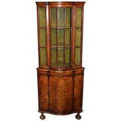18th Century Dutch Burled Walnut Two-Door Petite Corner Cupboard
