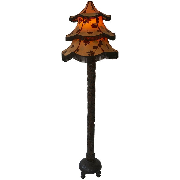 1920s Fine Antique Chinese Rosewood Carved Table Lamp with Pagoda Shade For Sale
