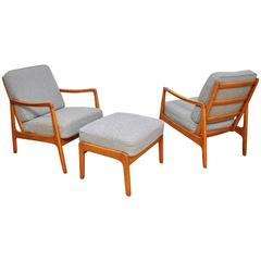 Early Pair of Ole Wanscher Model 109 Lounge Chairs and Ottoman
