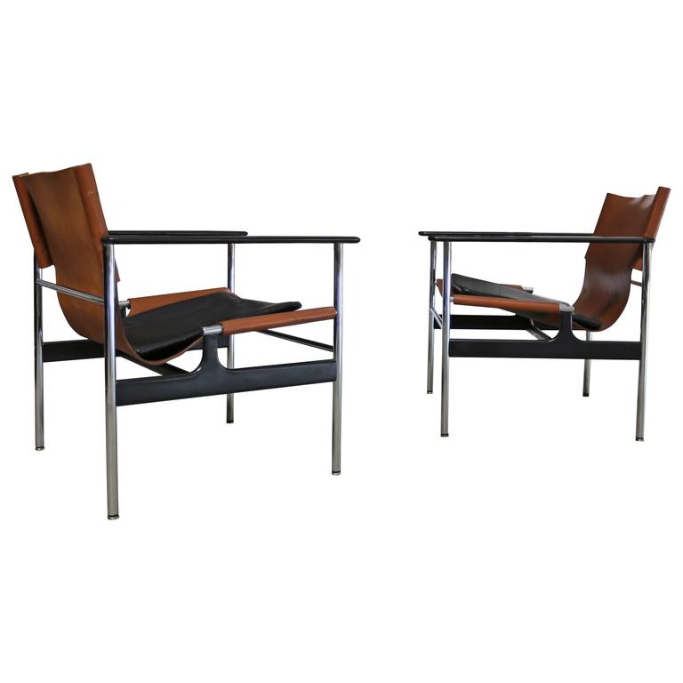 Pair of Lounge Chairs by Charles Pollock for Knoll