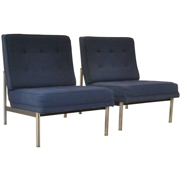 Great Mid Century Modern Pair Of Parallel Armless Lounge Chairs By Florence Knoll  1