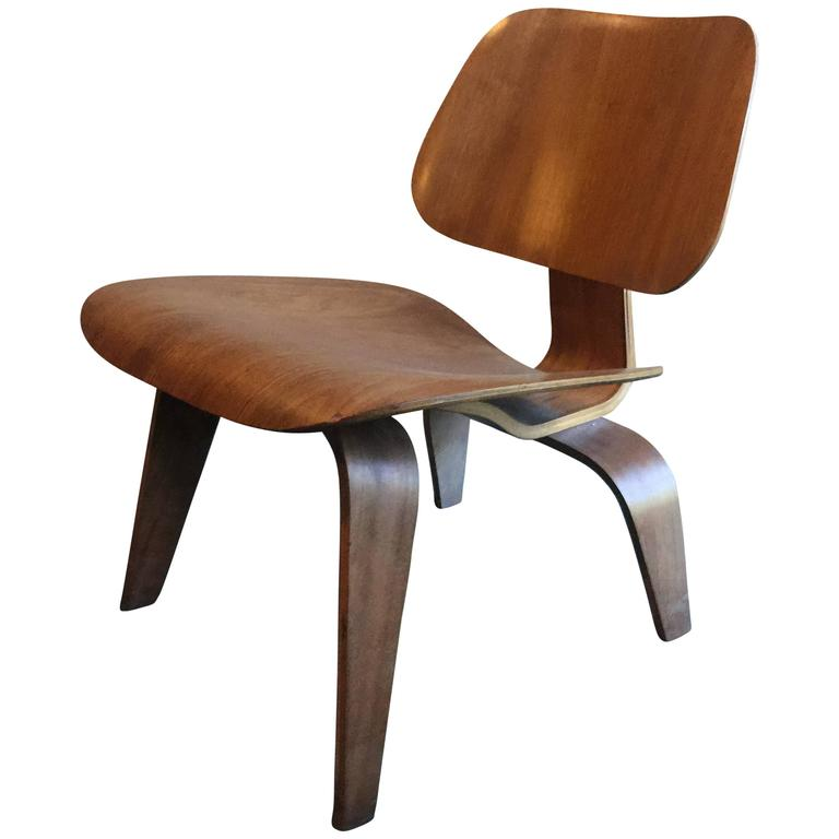 Early Eames LCW Evans Production 1947 With Label Herman Miller For Sale