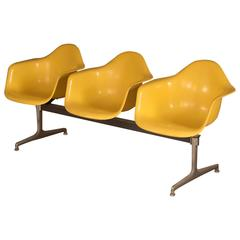 Charles & Ray Eames Three-Seat Shell Tandem Chairs for Herman Miller