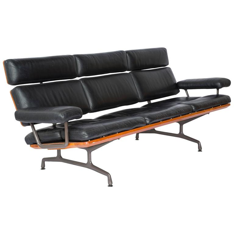 Charles Eames Three Seat Sofa By Herman Miller Rare 1st Year Production