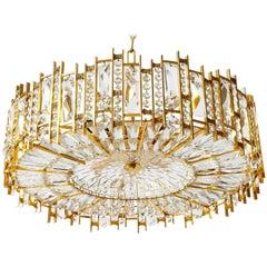 Palwa Kronleuchter aus vergoldetem Messing und Kristallglas