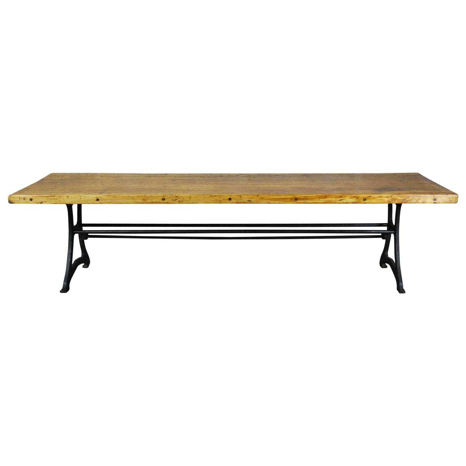 Industrial Dining Table For Sale at 1stdibs : 4867703z from www.1stdibs.com size 1500 x 1500 jpeg 42kB