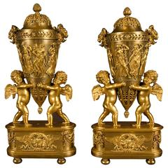 Rare Pair of Vases and Covers, Possibly Russian Empire, Early 19th Century
