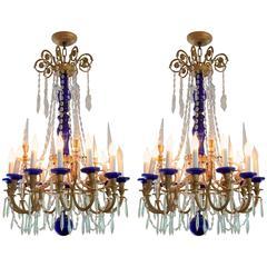 Wunderschönes Paar Französische Doré Bronze Kobaltblau Glas Kristall Regency Kronleuchter
