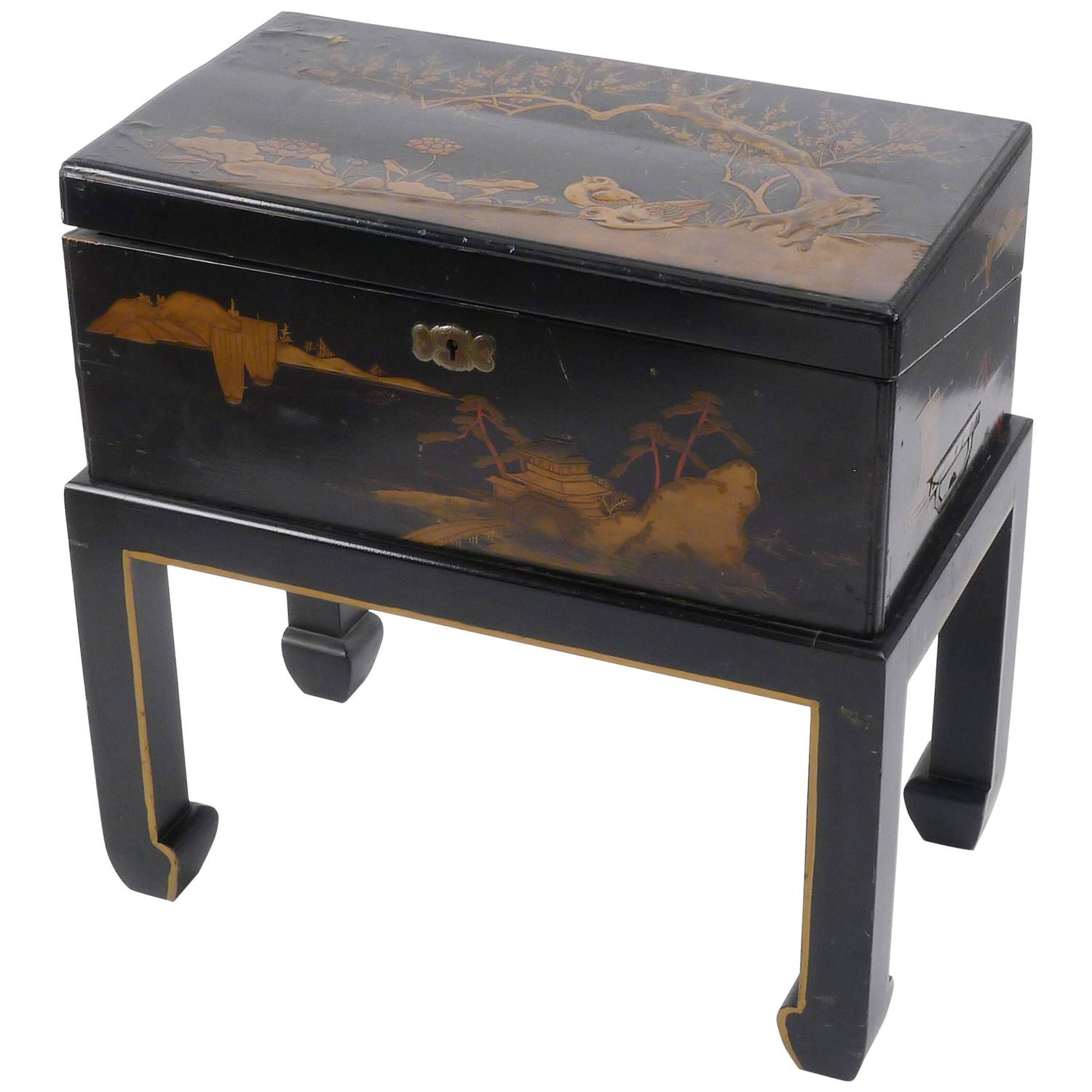 Superb img of Japanese Lacquered Lap Desk on Stand For Sale at 1stdibs with #67462A color and 1500x1500 pixels