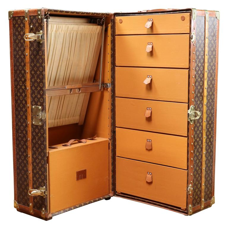 6ba6f2b89fdf Louis Vuitton Wardrobe Trunk at 1stdibs