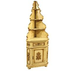 20th Century Venetian Lacquered and Golden Corner Cupboard