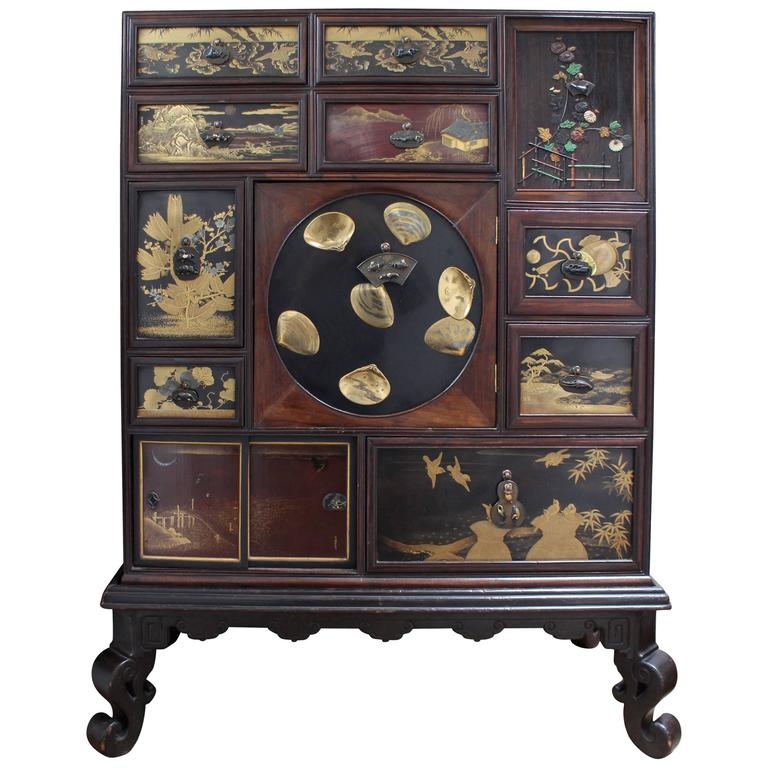Fine antique japanese wood cabinet decorated with for Chinese art furniture
