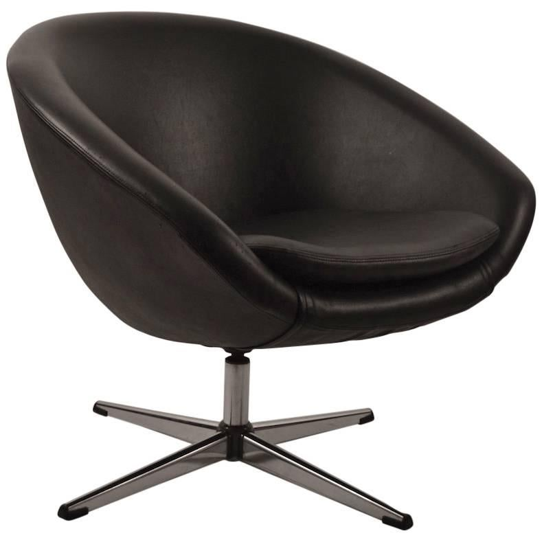 Single Black Overman Swivel Pod Chair