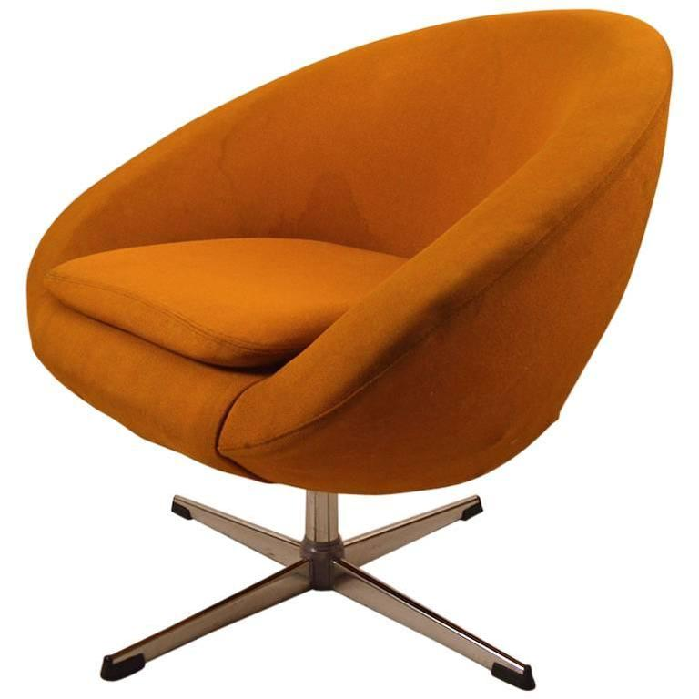 Perfect Single Overman Swivel Pod Chair For Sale