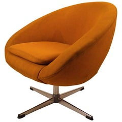 Single Overman Swivel Pod Chair