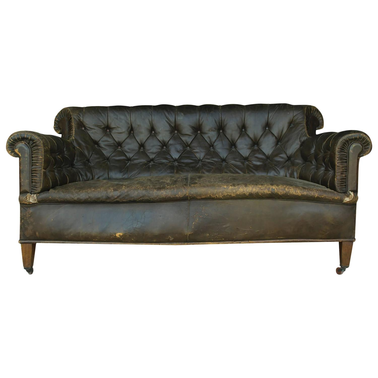 Vintage Leather Chesterfield Sofa For Sale at 1stdibs