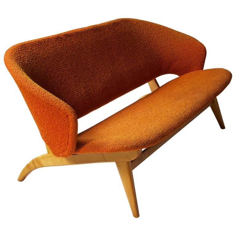 Early Jens Risom for Knoll Maple and Wool Settee, 1940s