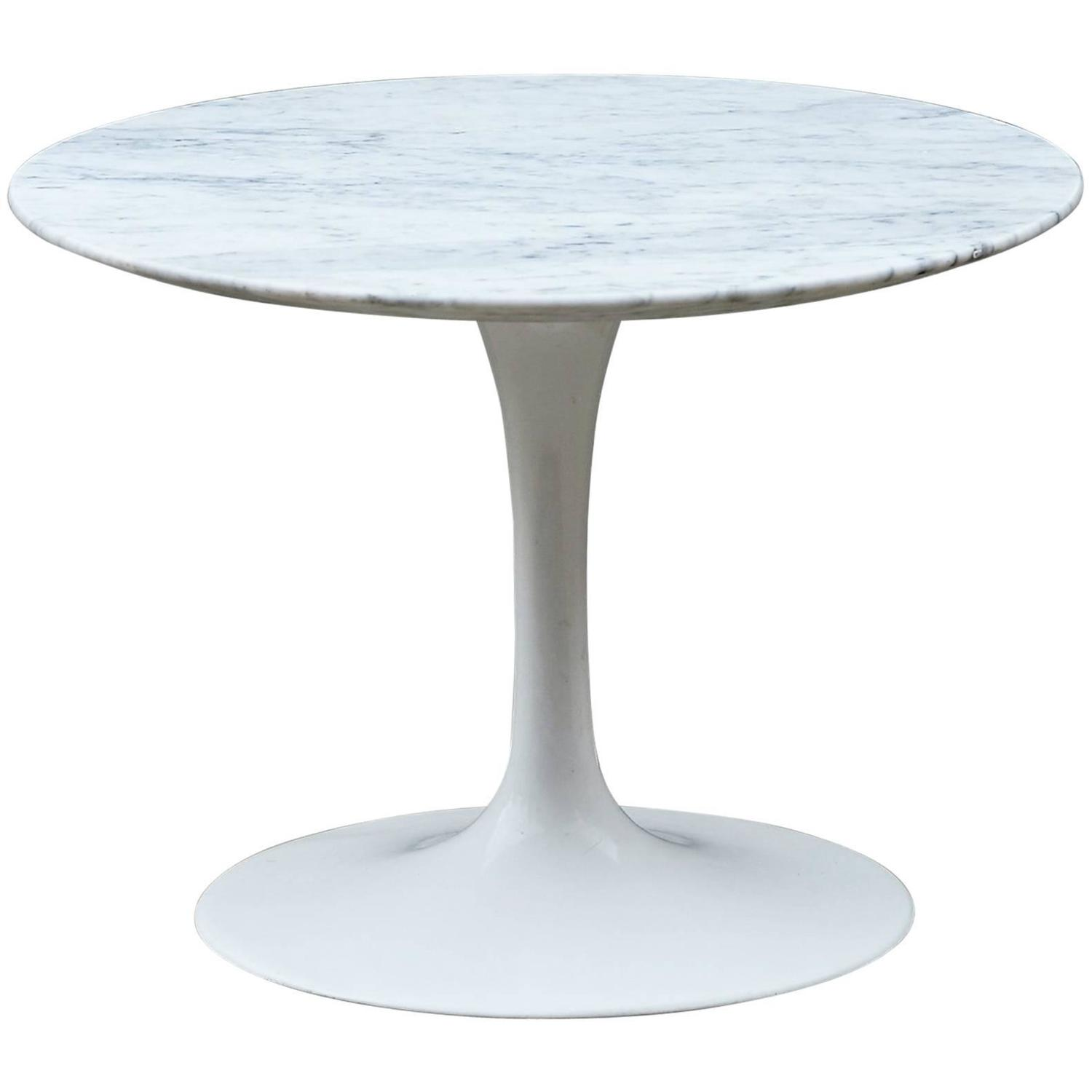 Eero Saarinen Gueridon End Table Coffee Table Knoll Tulip At 1stdibs