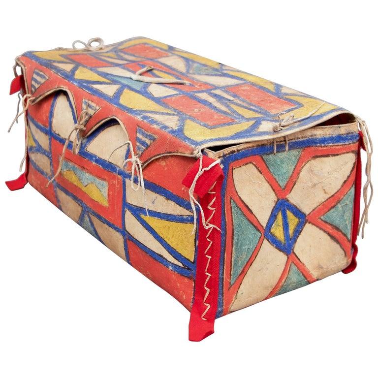 Antique Native American Painted Parfleche Box, Plateau, 19th Century For Sale