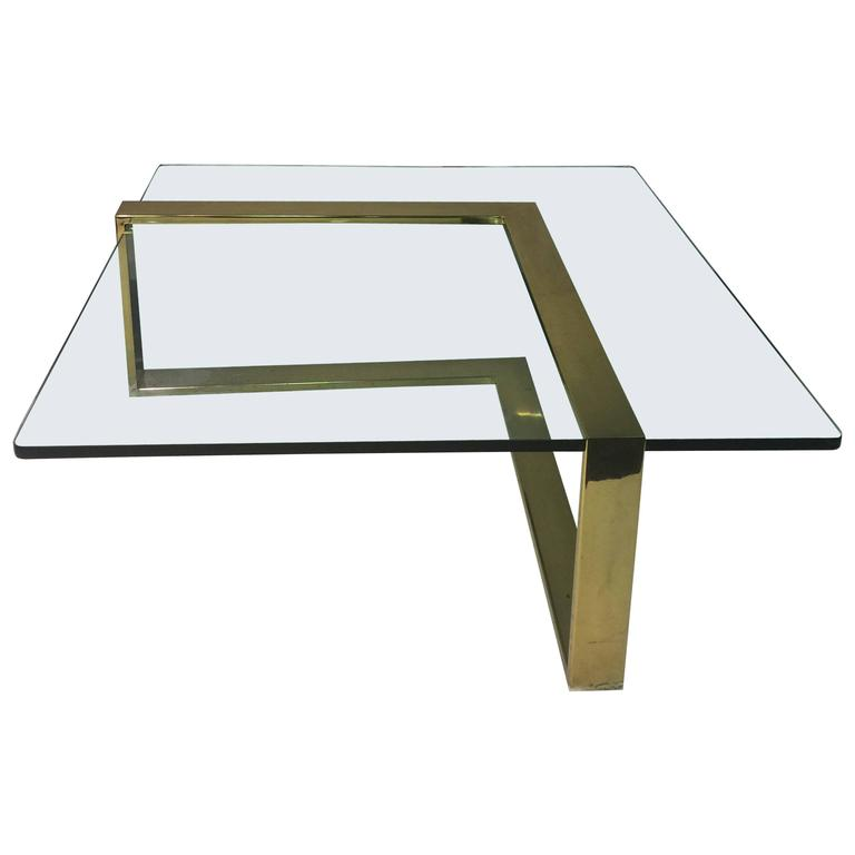 sensational l shape coffee cocktail table in brass by pace collection at 1stdibs. Black Bedroom Furniture Sets. Home Design Ideas