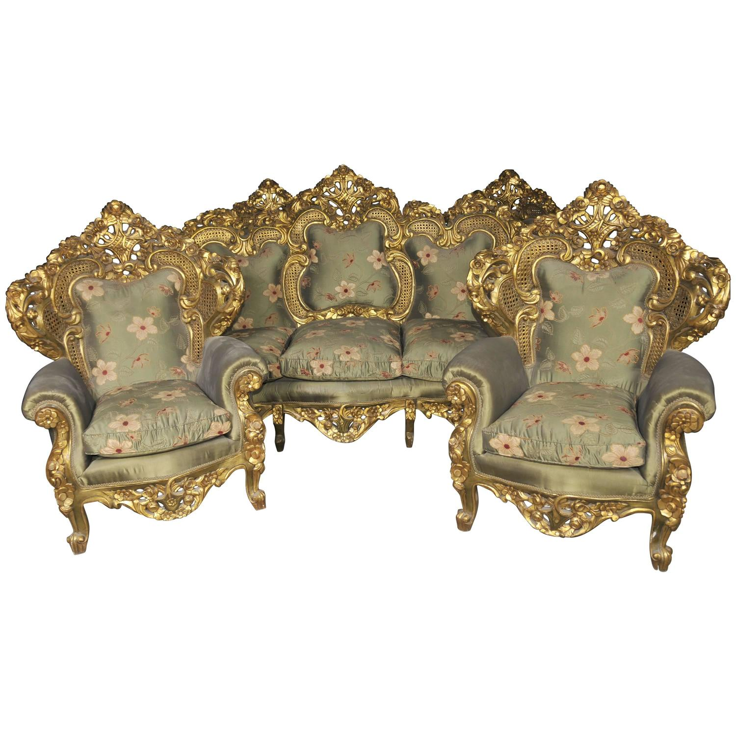 Antique french rococo sofa suite gilt armchairs at 1stdibs for Antique baroque furniture