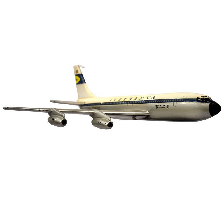 Boeing 707 Lufthansa Scale Model