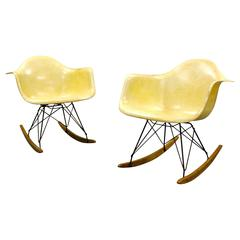 Early Quot Time Life Quot Stool By Charles And Ray Eames At 1stdibs