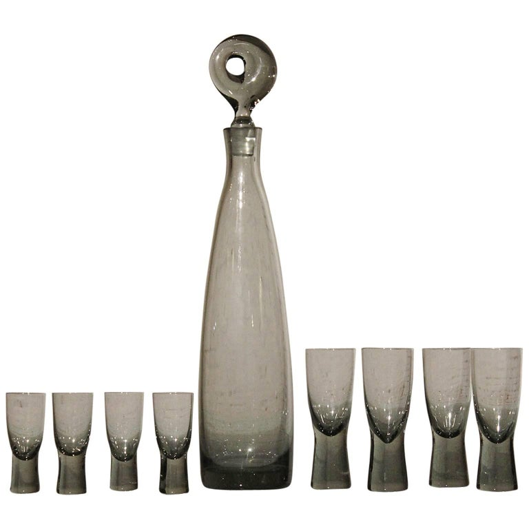 Mid-Century Aristokrat Decanter by Per Lutken for Holmegaard & 8 Canada Glasses For Sale