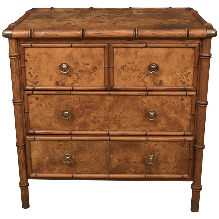 j united roger iii drawers george kingdom small figured product mahogany in c drawer antiques chest of