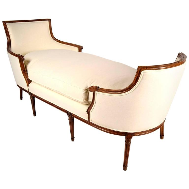 19 th century french louis xvi chaise longue at 1stdibs for Antique french chaise longue