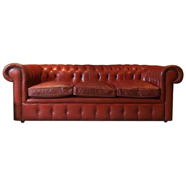 Antique Style Chesterfield Sofa Three Seat Settee Red