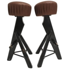 Pair of Brutalist Black Stained Solid Oak and Brown Leather Bar Stools, 1970s