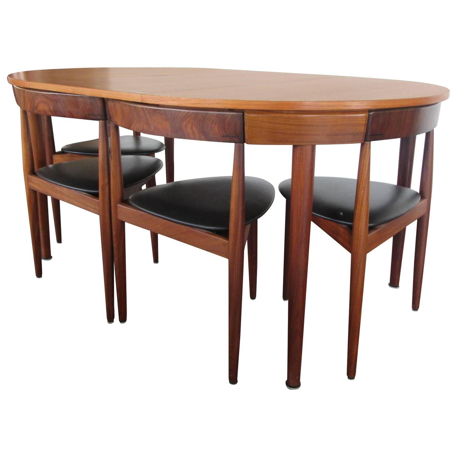 Rare hans olsen teak table with leaf and six chairs that for Dining room table with 6 chairs