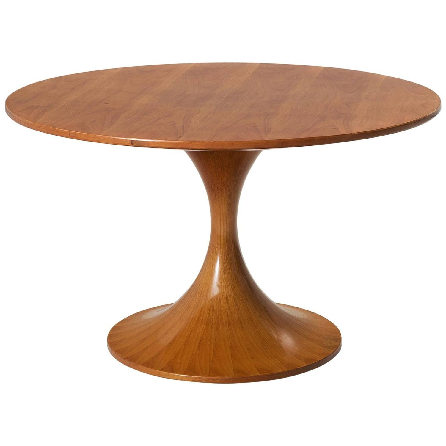 luigi massoni wooden round pedestal dining table for sale at 1stdibs. Black Bedroom Furniture Sets. Home Design Ideas