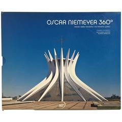 """Oscar Niemeyer 360 – Minhas Obras Favoritas / My Favourite Works"" Book"