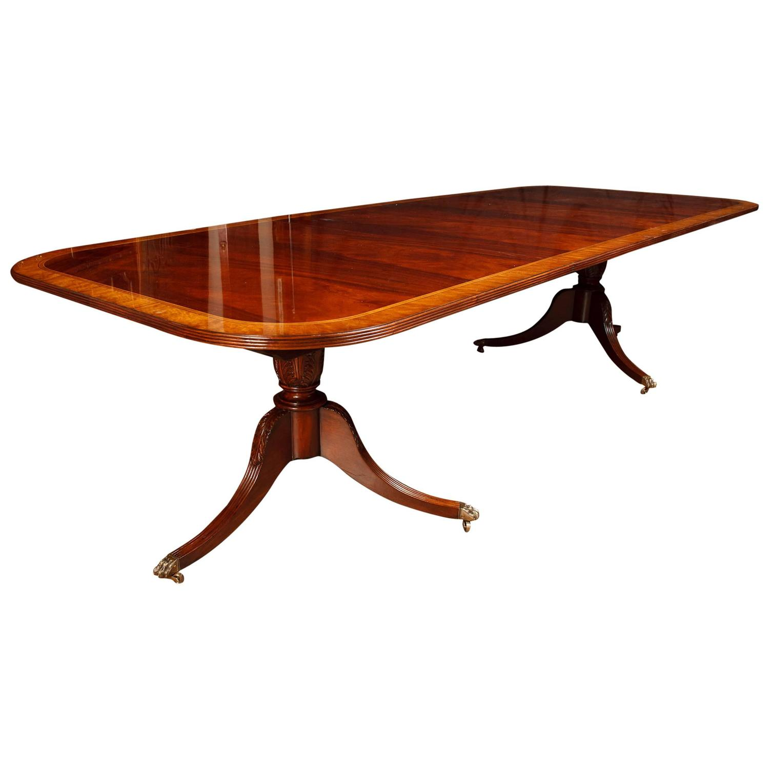 Mahogany Regency Pedestal Dining Table At 1stdibs