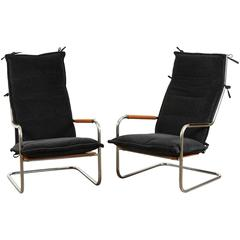 Pair of Alpaca and Chrome Lounge Chairs by Thonet
