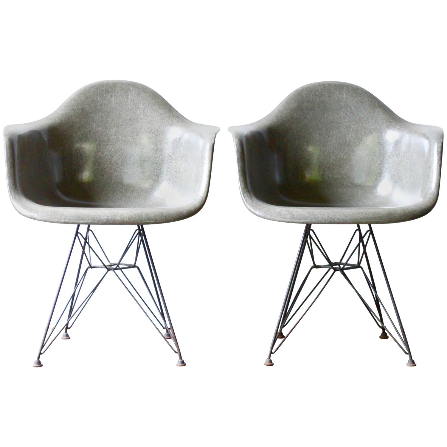 grey eames dar shell chairs at 1stdibs. Black Bedroom Furniture Sets. Home Design Ideas