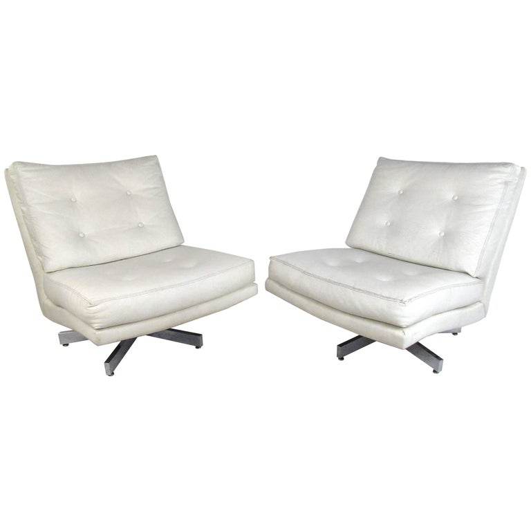 Mid-Century Milo Baughman Swivel Lounge Chairs for Thayer Coggin For Sale