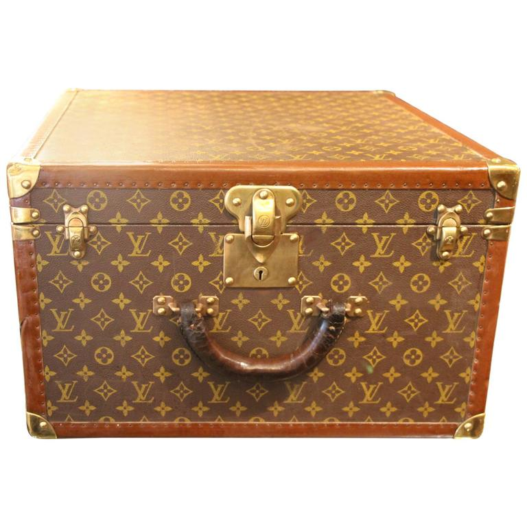 louis vuitton hat trunk for sale at 1stdibs. Black Bedroom Furniture Sets. Home Design Ideas