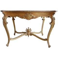 Französischer Tisch mit Urne in der Mitte im Muscheldesign aus Vergoldetem Holz, 19. Jahrhundert