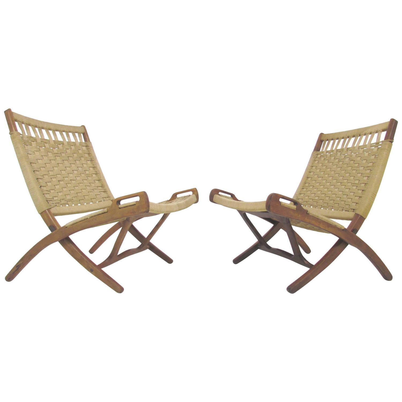 Pair of Mid Century Hans Wegner Style Folding Scissor Lounge