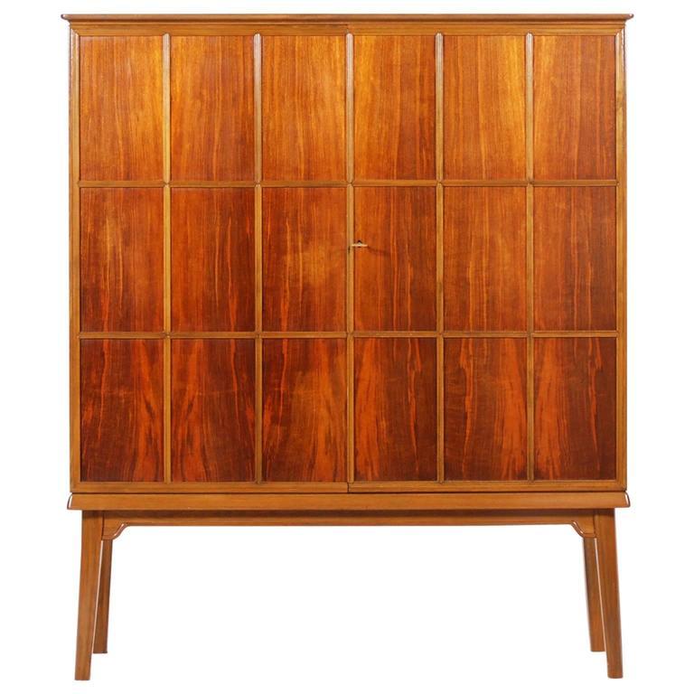 Beautiful Walnut and Beech Double Doors Cabinet, 1947