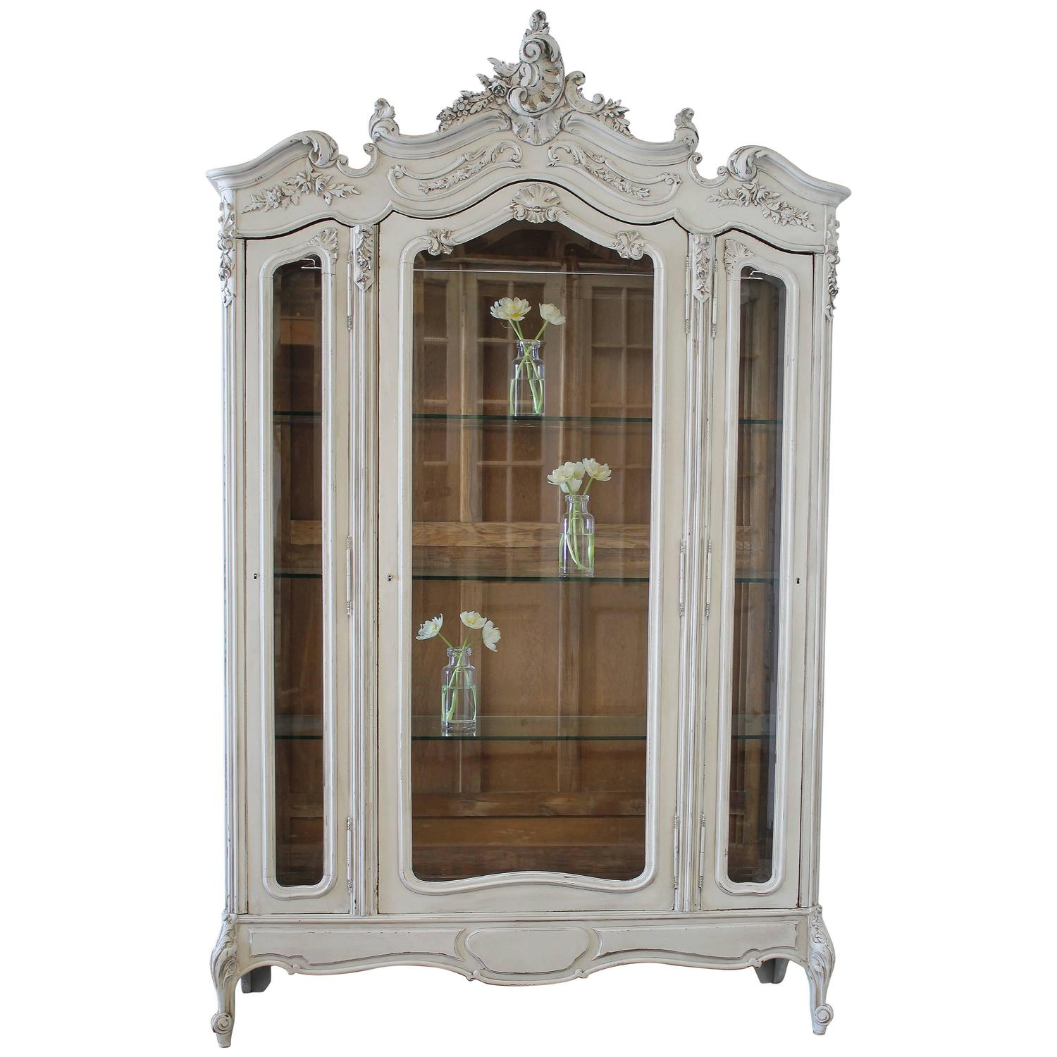 19th century louis xv style painted french curio display. Black Bedroom Furniture Sets. Home Design Ideas