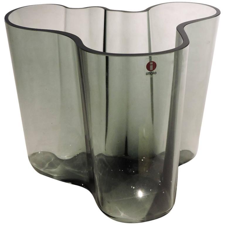 alvar aalto signed savoy vase for ittala for sale at 1stdibs. Black Bedroom Furniture Sets. Home Design Ideas