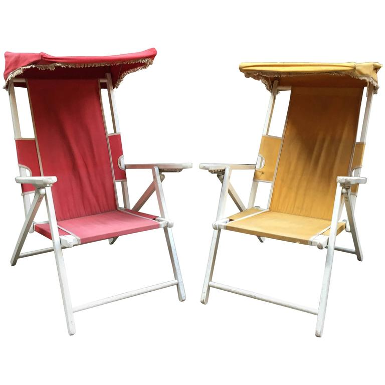 Vintage Hamptons Folding Cabana Chairs For Sale
